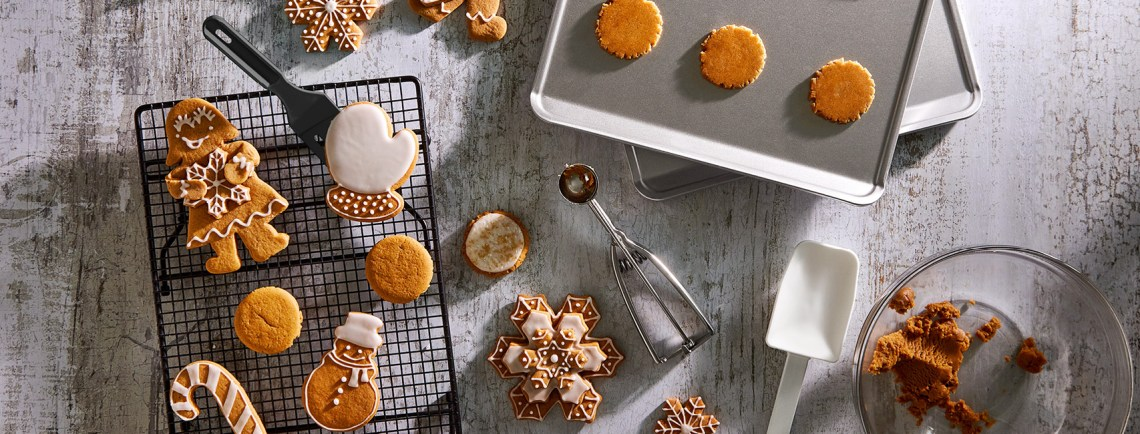cover-holiday-baking-usca